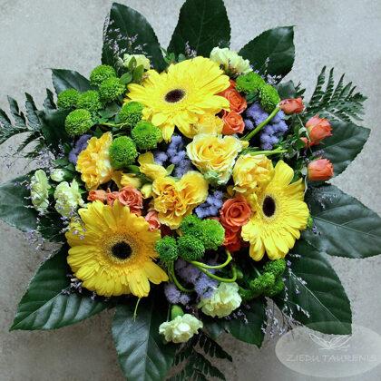 Lēzenais ziedu pušķis. Diametrs 35 cm. 35,-e